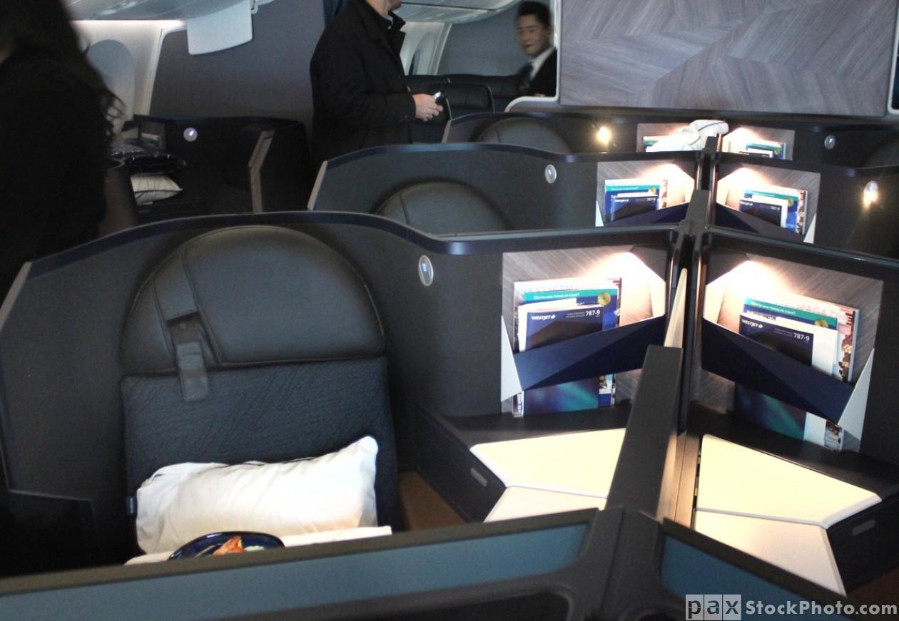 WestJet Boeing 787-9 Dreamliner tour